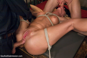 Hot tits blonde tied to bed and sucks tw - XXX Dessert - Picture 11