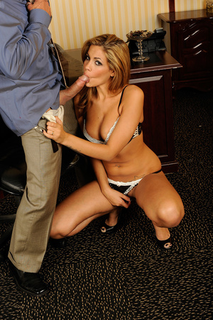 Office romance as sexy chick strips to s - XXX Dessert - Picture 9