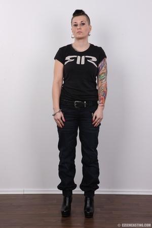 Tattooed pierced chick with big round ti - XXX Dessert - Picture 2