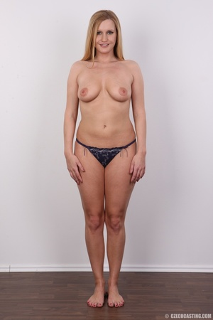Sweet looking blonde milf with big tits, - XXX Dessert - Picture 9