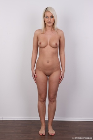 Sweet lusty blonde in hot red bra and bl - XXX Dessert - Picture 14