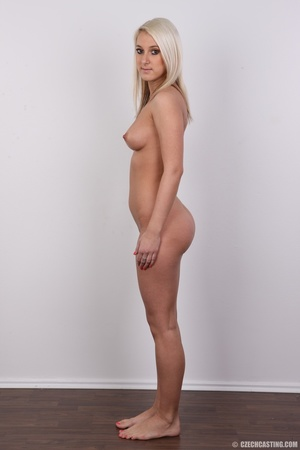 Sweet lusty blonde in hot red bra and bl - XXX Dessert - Picture 15