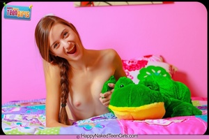 Charming slim teen shows off her hot sexy body and inviting fleshy pussy on bed - XXXonXXX - Pic 9