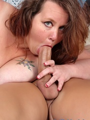 Fatty in lingerie stuffs his dick in her mouth and - Picture 5