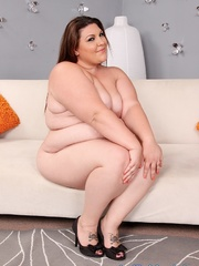 Tattooed BBW in light blue lingerie takes it off and - Picture 6