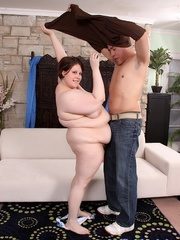Dude cums on an overweight brunette's hefty bags - Picture 4