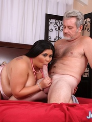 Interracial sex for an Asian fatty with white dude on - Picture 2