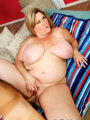 Naked blonde heavyweight gets porked on the living room - Picture 3