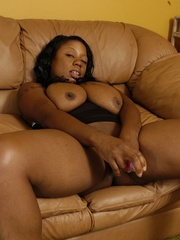 Goldie takes off tiny black dress to masturbate with - Picture 13