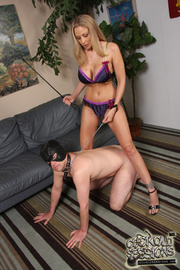 julia ann mask
