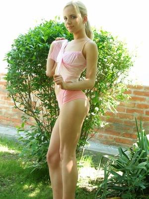 Cute slim teen blonde strip totally nude showing off sweet nude booty in garden - XXXonXXX - Pic 5