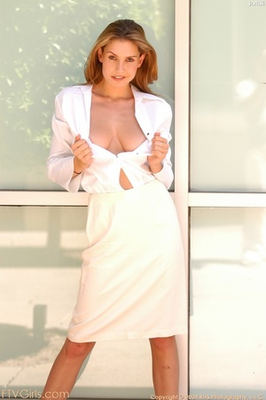 Glamour model Jamie Lynn squirting - XXXonXXX - Pic 2