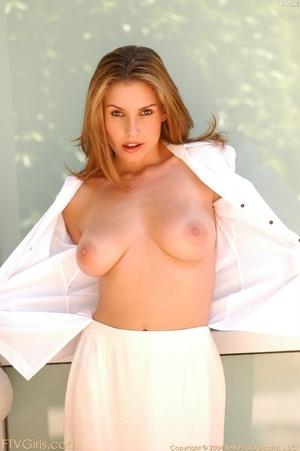 Glamour model Jamie Lynn squirting - XXXonXXX - Pic 5