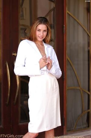 Glamour model Jamie Lynn squirting - XXXonXXX - Pic 13