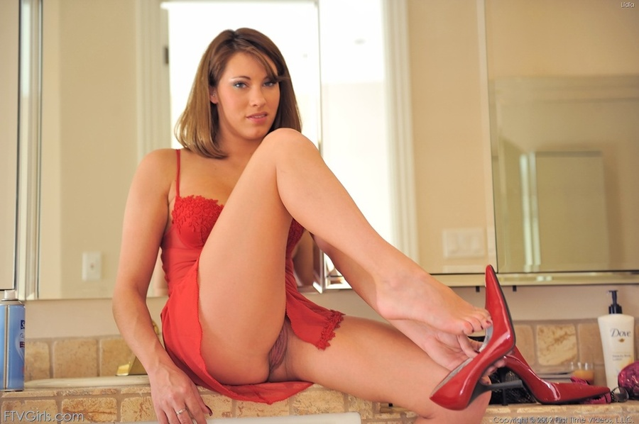 Olivia alize porn