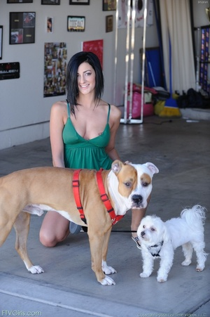 Pornstar Presley Maddox schoolgirl look - XXXonXXX - Pic 2