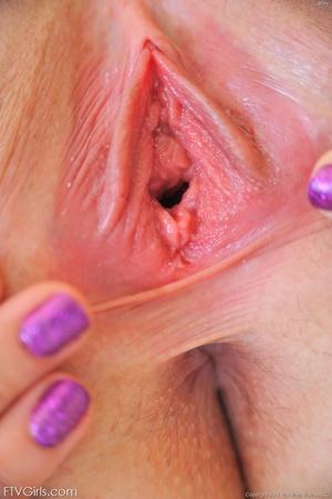 Riley Reid nipple stretching - XXX Dessert - Picture 9