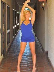 First time Kennedy Leigh public nudity - XXXonXXX - Pic 10