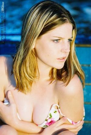Glamour model Alicia Angel public nudity - XXXonXXX - Pic 15