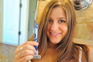 First time Nicole shaving scenes - XXXonXXX - Pic 4