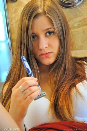 First time Nicole shaving scenes - XXXonXXX - Pic 5