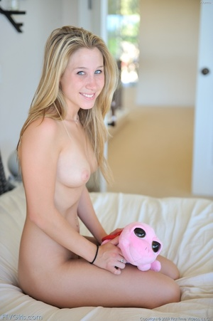 First time Alanna hard butt massage - XXXonXXX - Pic 1