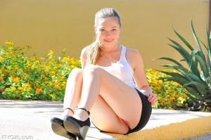 Teen Aurie Lee glamour model - XXXonXXX - Pic 2