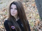 brunette teen babejulia