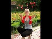 blonde blueeyebabe dancing