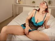 brunette lola striptease