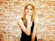 blonde teen nadyablond smoking