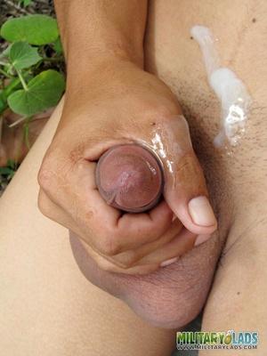 Gent in the woods makes his pecker shoot hot cum. - XXXonXXX - Pic 5