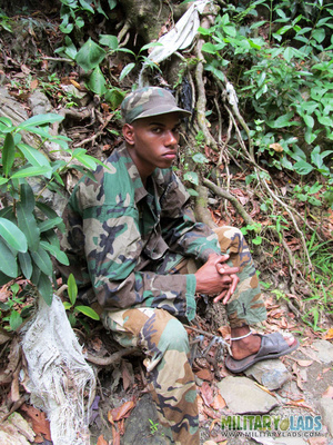 Civilian dick for a military man's mouth in the woods. - XXXonXXX - Pic 1