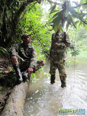 Buddies in camo gear get into some homo action in the river. - XXXonXXX - Pic 5