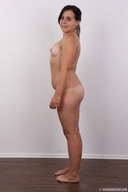 plump ponytailed brunette chick