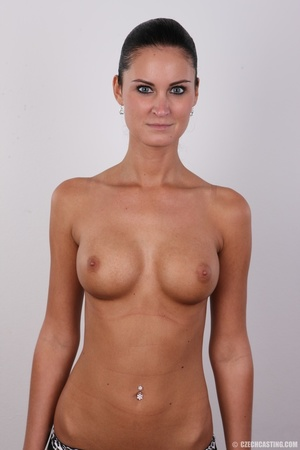 Tanned ponytailed brunette babe looking  - XXX Dessert - Picture 11