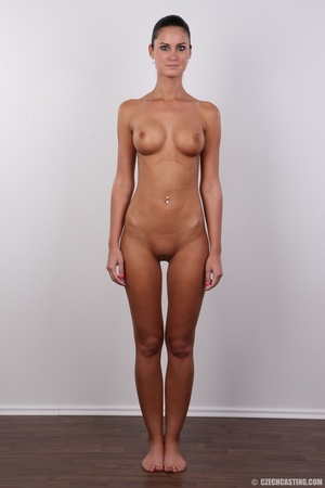Tanned ponytailed brunette babe looking  - XXX Dessert - Picture 14