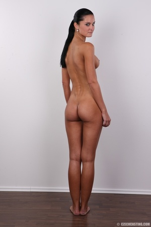 Tanned ponytailed brunette babe looking  - XXX Dessert - Picture 17