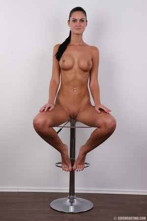 Tanned ponytailed brunette babe looking  - XXX Dessert - Picture 19