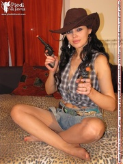 cowgirl blue short and