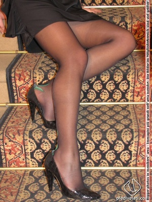 Young beauty in black outfit shows off sexy legs and feet in beautiful pantyhose - XXXonXXX - Pic 2