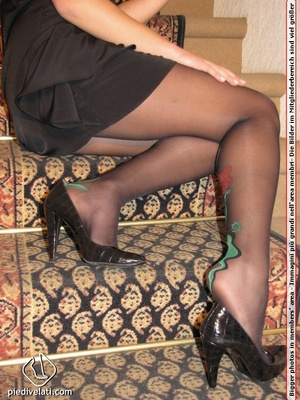 Young beauty in black outfit shows off sexy legs and feet in beautiful pantyhose - XXXonXXX - Pic 7