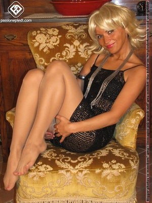 Hot blonde in black rolls off skin colored tights to reveal manicured sexy feet - XXXonXXX - Pic 6