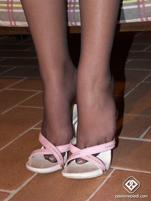 Diva gets out of her white sandals to pose in her black nylons. - XXXonXXX - Pic 2