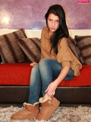 Adorable bitch gets out of her brown booties to - XXXonXXX - Pic 2