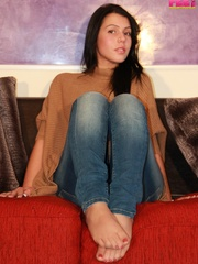 Adorable bitch gets out of her brown booties to - XXXonXXX - Pic 3