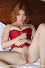 knockout redhead maiden red