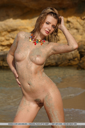 Lovely shiela in a colorful wrap opens her crotch at the beach. - XXXonXXX - Pic 7