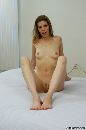 Naked,long-haired blonde with small swatch of pussy hair teases with slender body on large bed. - XXXonXXX - Pic 5