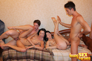 russkie-studenti-porno-vecherinki